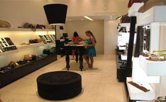 Projetos de arquitetura comercial para lojas de acessórios | Arquitetude