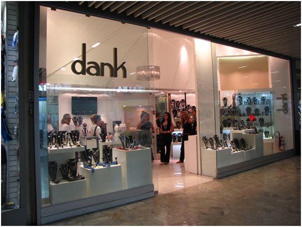 Projeto Dank - Arquitetura comercial para lojas de acessórios