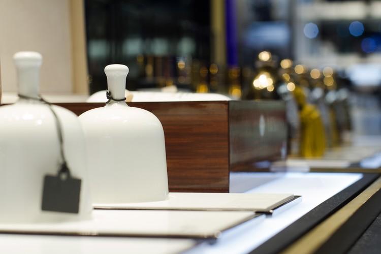 Confira dicas de como decorar uma perfumaria